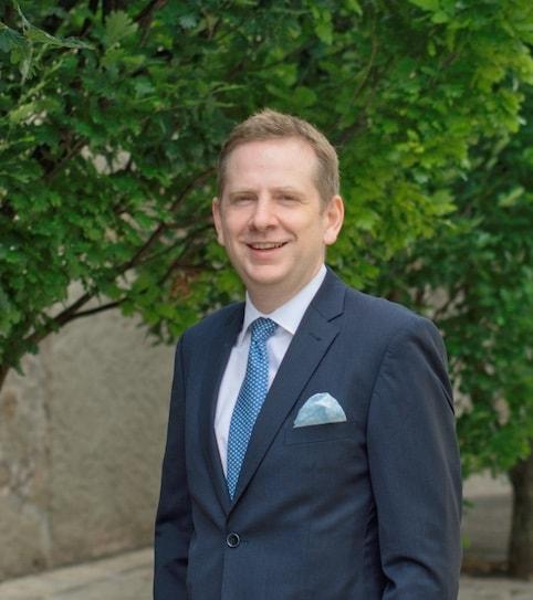 Dr. Jens Hühn